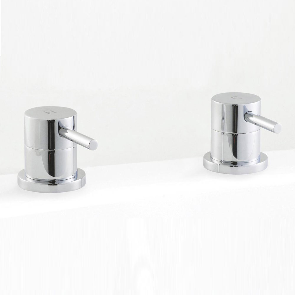 Ultra Quest Series FII Bath Filler Side Valves profile large image view 1
