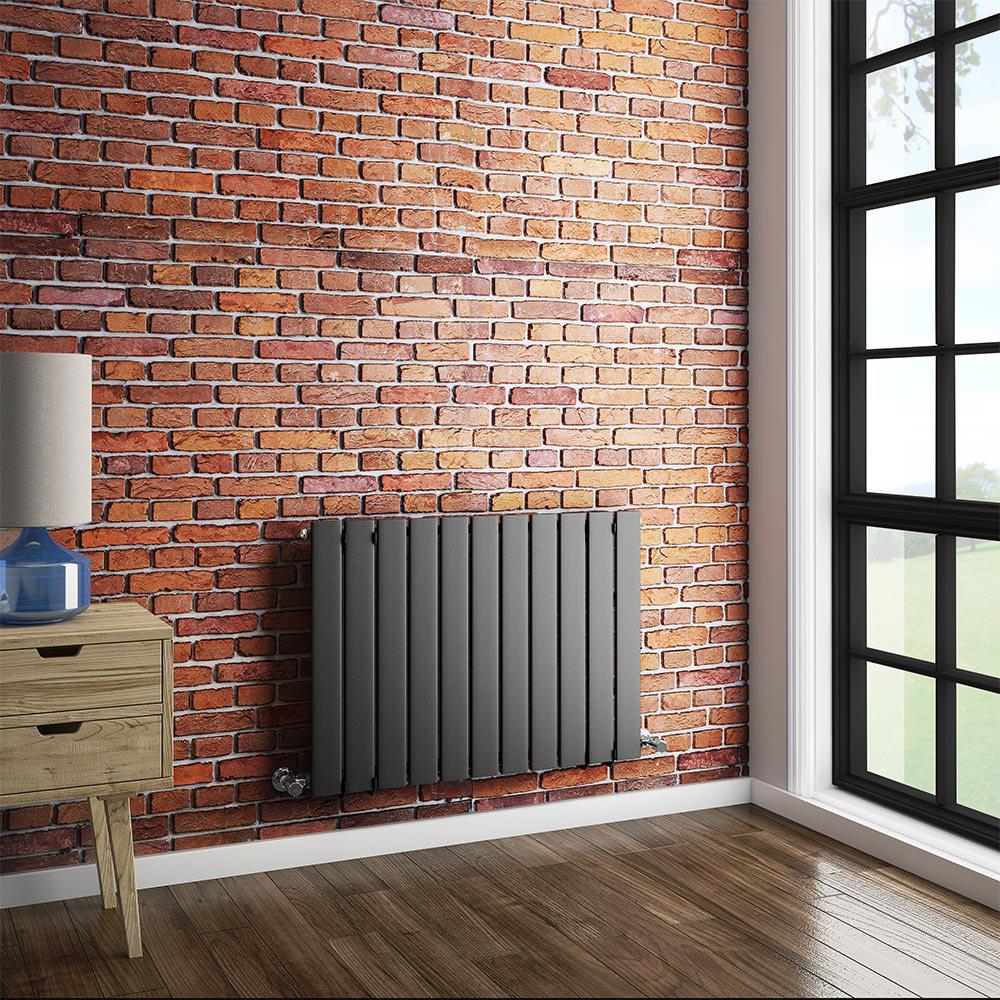 Urban Horizontal Radiator - Anthracite - Single Panel (600mm High) Feature Large Image