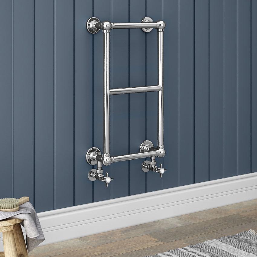 Chatsworth Traditional 700 x 400mm Chrome Cloakroom Towel Rail