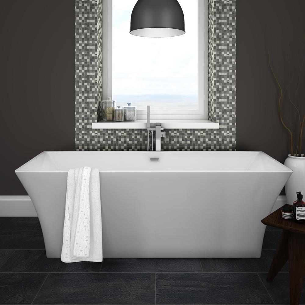 Venice 1690 Square Modern Free Standing Bath Large Image