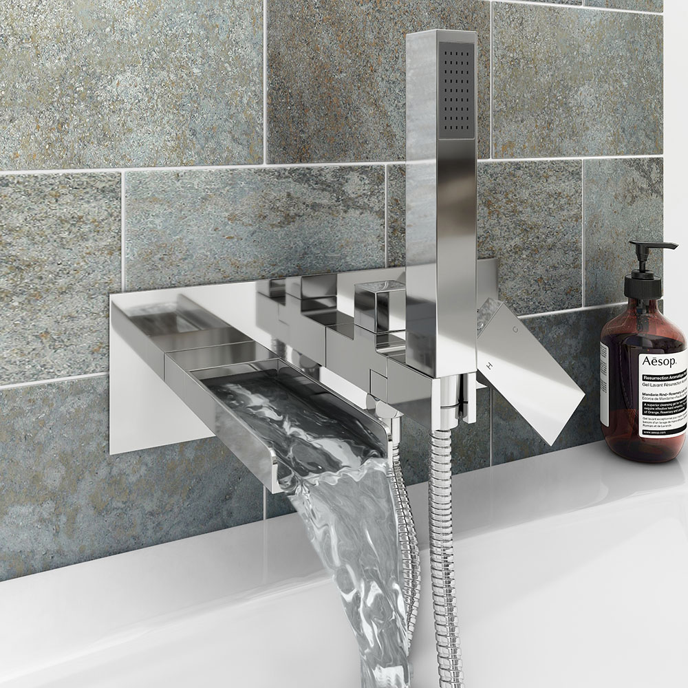 Monza Wall Mounted Bath Shower Mixer Tap + Shower Kit