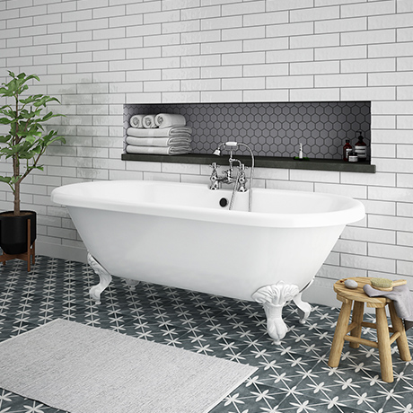Duke 1795 Traditional Roll Top Bath + White Leg Set