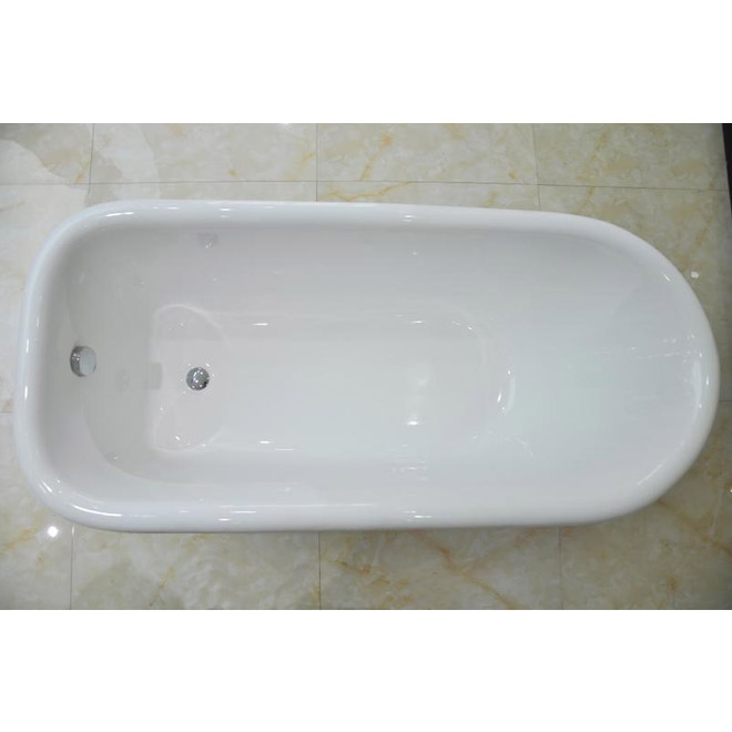 Wandsworth 1680 x 770mm Single Ended Roll Top Cast Iron Bath with Chrome Feet Feature Large Image