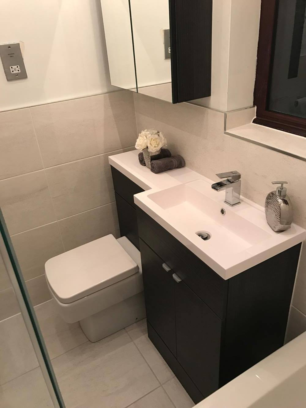 Ellie 39 s monochrome bathroom customer bathrooms victorian plumbing for Bathroom combination vanity units