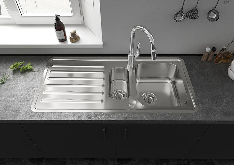 hansgrohe Flush-Fit Kitchen Sink