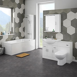 Cove Bathroom Suite with B-Shaped Shower Bath