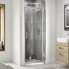 Nuie Pacific Pivot Shower Door