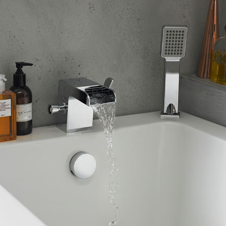 How to Replace a Bath Tap